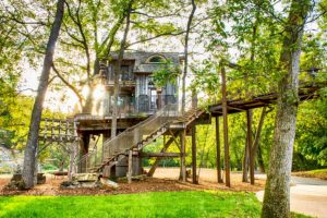 Dogwood Canyon Treehouse